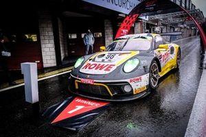 Coche ganador, #98 ROWE Racing Porsche 911 GT3-R: Nick Tandy, Earl Bamber, Laurens Vanthoor