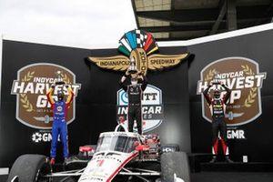 Josef Newgarden, Team Penske Chevrolet, podium, Alexander Rossi, Andretti Autosport Honda, Rinus VeeKay, Ed Carpenter Racing Chevrolet