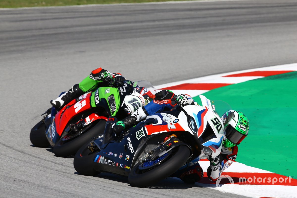 Eugene Laverty, BMW Motorrad WorldSBK Team, Xavi Fores, Kawasaki Puccetti Racing