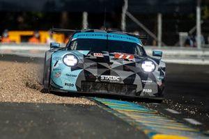 #77 Dempsey-Proton Racing - Porsche 911 RSR: Christian Ried, Riccardo Pera, Matt Campbell
