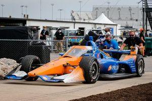 Scott Dixon, Chip Ganassi Racing Honda going to victory lane