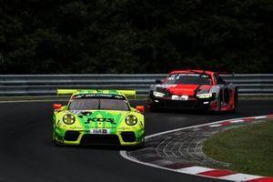 #911 Manthey-Racing Porsche 911 GT3 R: Matt Campbell, Mathieu Jaminet, Lars Kern