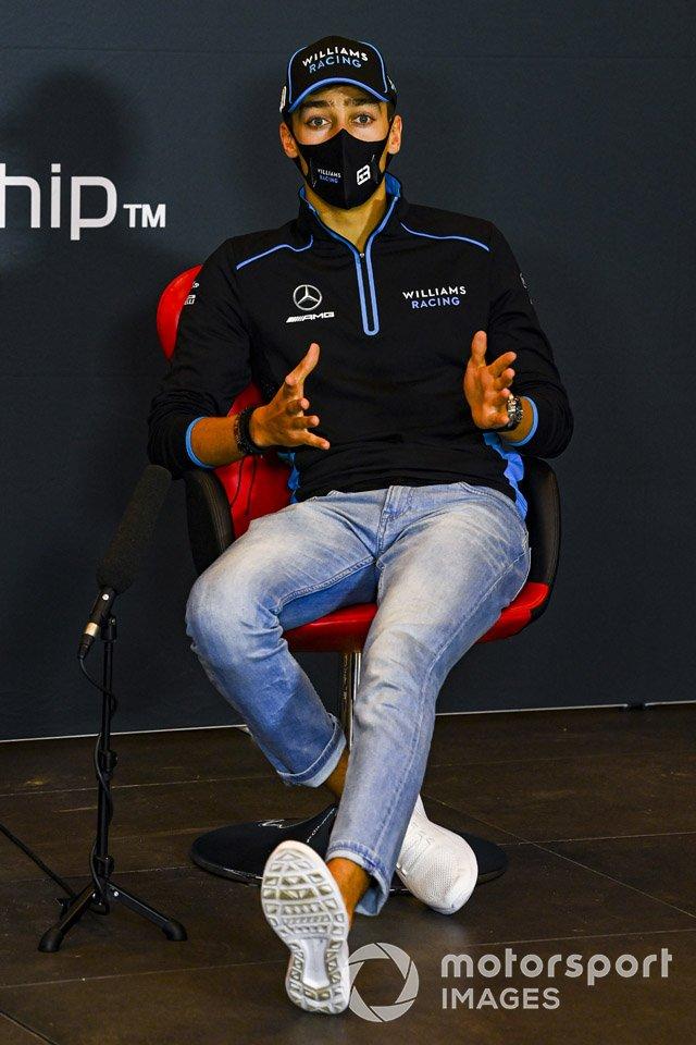 George Russell, Williams Racing, en la conferencia de prensa