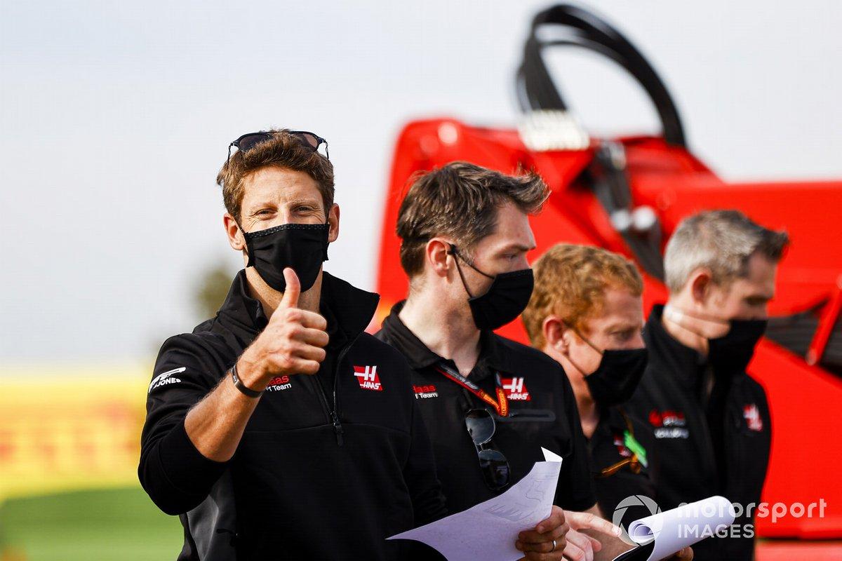 Ромен Грожан, Haas F1, чем-то очень доволен