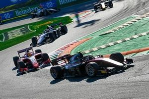 Callum Ilott, UNI-Virtuosi et Mick Schumacher, Prema Racing