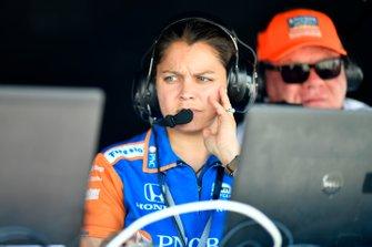 Scott Dixon, Chip Ganassi Racing Honda, Engineer Kate Gundlach