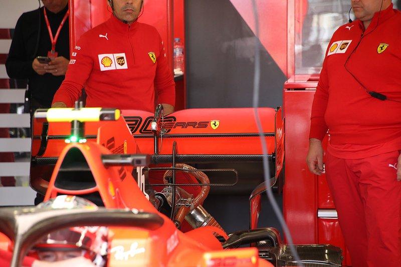 L'aileron arrière de Charles Leclerc, Ferrari SF90