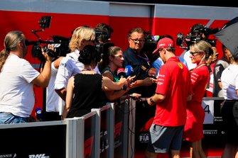 Sebastian Vettel, Ferrari met de media