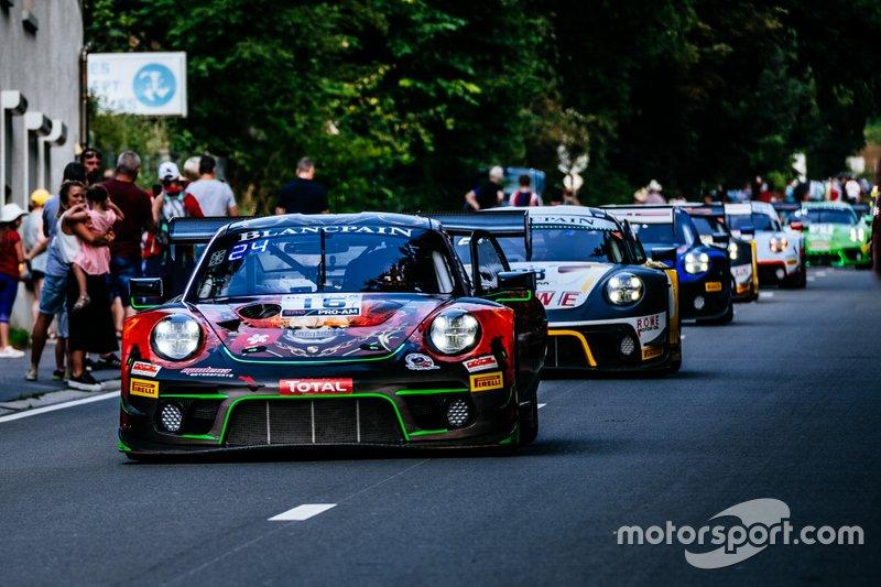 #16 Modena Motorsports Porsche 911 GT3 R: John Shen, Benny Simonsen, Mathias Beche, Philippe Descombes