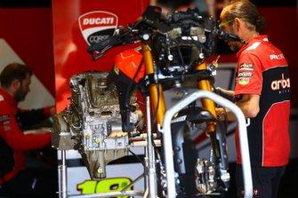 Ducati Panigale V4 engine