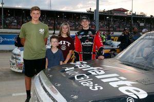 Harrison Burton, Kyle Busch Motorsports, Toyota Tundra Safelite AutoGlass and guests