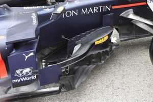 Red Bull Racing RB15, dettaglio del bargeboard