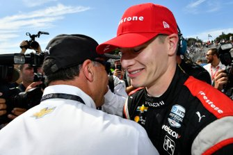 Josef Newgarden, Team Penske Chevrolet celebrate the championship