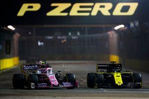 Daniel Ricciardo, Renault F1 Team R.S.19, battles with Lance Stroll, Racing Point RP19