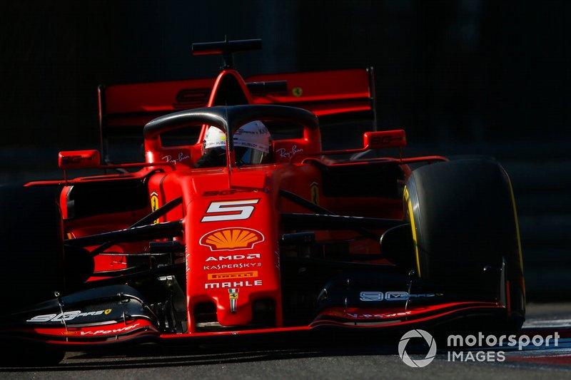 Abandonou: Sebastian Vettel, Ferrari SF90