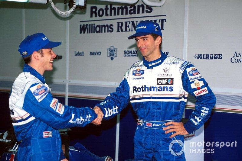 Главной стала перестановка в Williams – в команду к Дэймону Хиллу пришел чемпион IndyCar Жак Вильнев. Одни восторженно отзывались о способностях канадца, другие были уверены, что в Ф1 он провалится с громким треском, подобно Майклу Андретти несколькими годами раньше