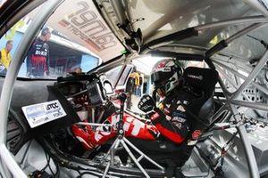 Николас Хэмилтон, Motorbase Performance Ford Focus