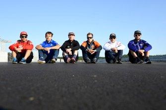 Сильвен Гинтоли, Team Suzuki Ecstar, Штефан Брадль, Repsol Honda Team, Брэдли Смит, Aprilia Racing Team Gresini, Микеле Пирро, Ducati Team, Йонас Фольгер, Yamaha Factory Racing, и Мика Каллио, Red Bull KTM Factory Racing