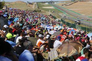 Fans im Motorland Aragon