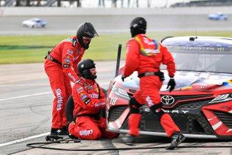 Kyle Busch, Joe Gibbs Racing, Toyota Camry Skittles Red, White & Blue