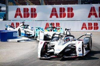 Хосе Мария Лопес, Dragon Racing, Penske EV-3, Оливер Тёрви, NIO Formula E Team, NIO Sport 004, и Антониу Феликс да Кошта, BMW i Andretti Motorsport, BMW iFE.18