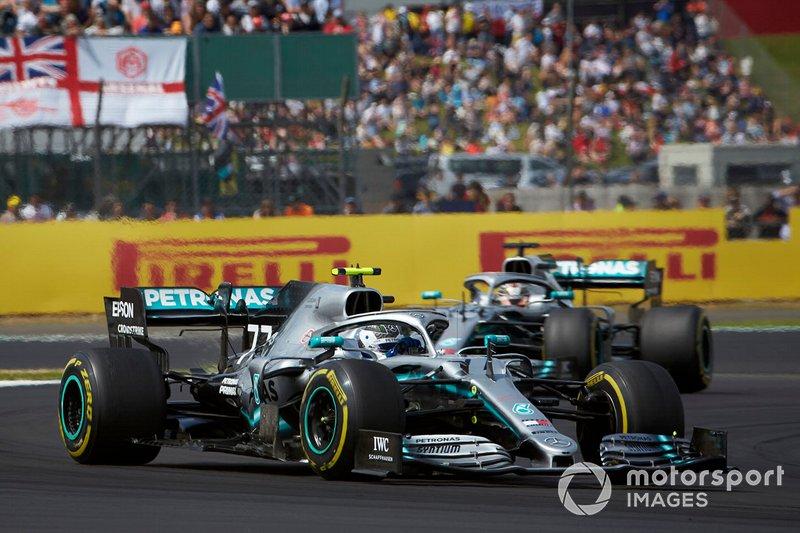 Valtteri Bottas e Lewis Hamilton, Mercedes AMG W10