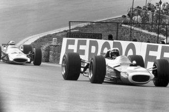 Jackie Stewart, Matra and Denny Hulme, McLaren