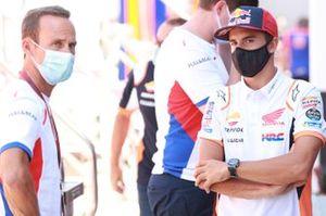 Alberto Puig, director del equipo Repsol Honda, Marc Márquez, equipo Repsol Honda