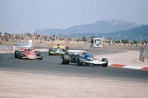 Rolf Stommelen, Surtees TS9 Ford, Reine Wisell, Lotus 72C Ford, Tim Schenken, Brabham BT33 Ford, GP di Francia del 1971