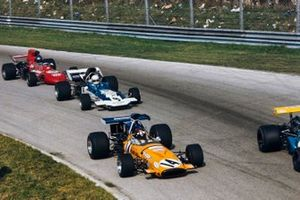Jackie Oliver, McLaren M14A, Mike Hailwood, Surtees TS9, Mike Beuttler, March 711 Ford