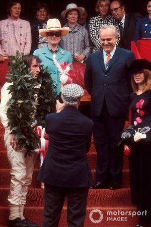 Jackie Stewart, Tyrrell avec le prince Rainier, la princesse Grace et sa femme Helen Stewart