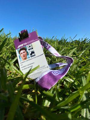 F1 photographer badge