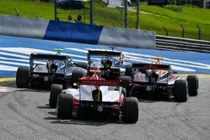 Jake Hughes, HWA Racelab, Liam Lawson, HITECH GRAND PRIX en Logan Sargeant, Prema Racing