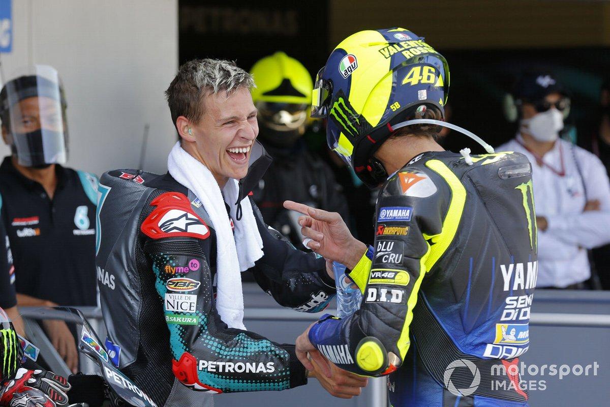 Ganador de la carrera Fabio Quartararo, Petronas Yamaha SRT, el tercer lugar Valentino Rossi, Yamaha Factory Racing