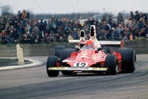 Niki Lauda, Ferrari 312T, Emerson Fittipaldi, McLaren M23
