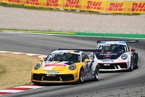Lucas Groeneveld, Team GP Elite, leads Matteo Llarena, MRS GT-Racing