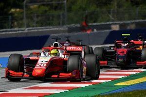Mick Schumacher, Prema Racing, leads Callum Ilott, UNI-Virtuosi