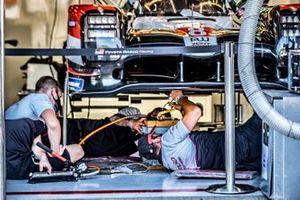 #7 Toyota Gazoo Racing Toyota TS050: Sébastien Buemi, Kazuki Nakajima, Brendon Hartley
