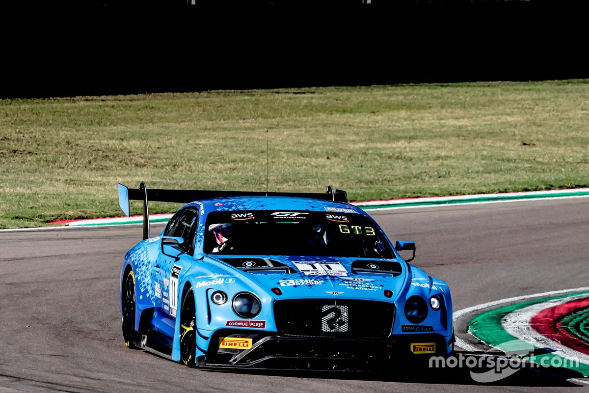 #11 Team Parker Racing Bentley Continental GT3: Euan McKay, Frank Bird, Nicolai Kjaergaard