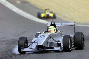 Lewis Hamilto in de Formule Renault 2.0