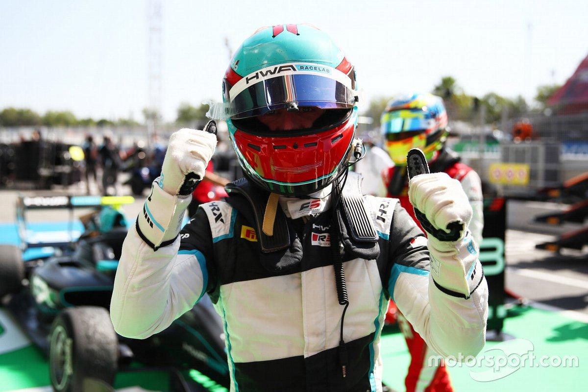 El ganador Jake Hughes, HWA Racelab