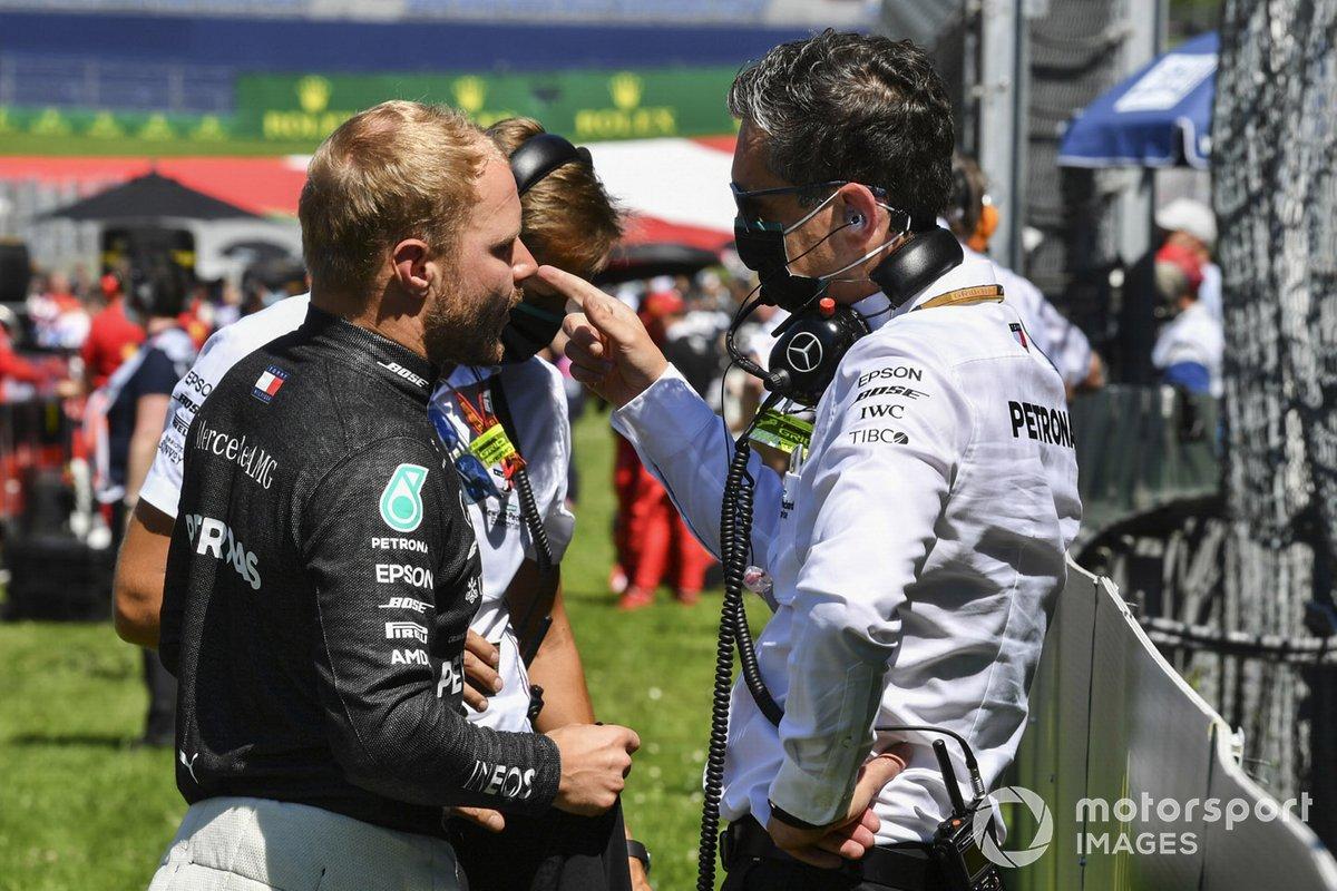 Valtteri Bottas, Mercedes-AMG Petronas F1 on the grid