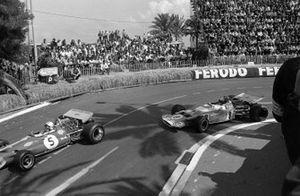 Jack Brabham, Brabham BT33 Ford leads Jean-Pierre Beltoise, Matra MS120