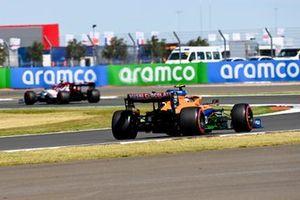 Robert Kubica, Alfa Romeo Racing C39, Lando Norris, McLaren MCL35