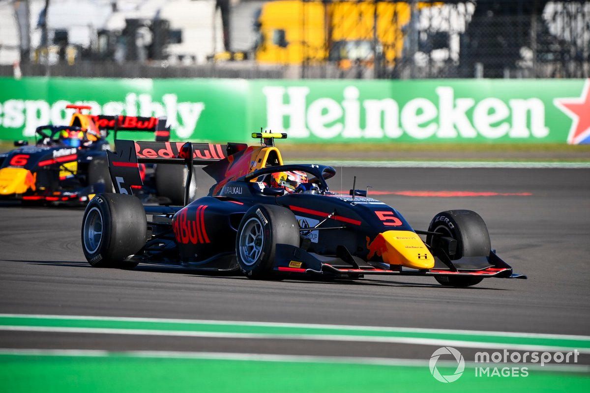 Liam Lawson, Hitech Grand Prix y Dennis Hauger, Hitech Grand Prix