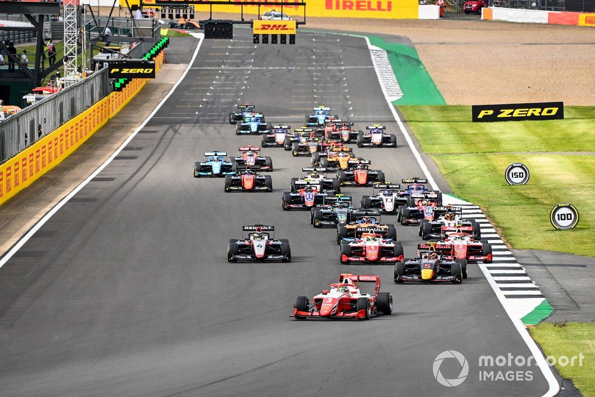 Liam Lawson, Hitech Grand Prix, Logan Sargeant, Prema Racing e Oscar Piastri, Prema Racing alla partenza