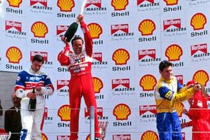 Podium: Race winner Tom Coronel, Tokmakidia Motorsport, second place Sebastien Philippe, third place Mark Webber
