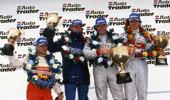 Podium: Winner Derrick Warwick, Vauxhall, second place Yvan Muller, Audi and third place Rickard Rydell, Volvo