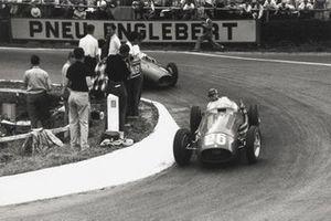 Juan Manuel Fangio, Maserati 250F, Mike Hawthorn, Ferrari 625