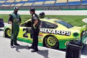 Matt DiBenedetto, Wood Brothers Racing, Ford Mustang Menards/Quaker State, Greg Erwin
